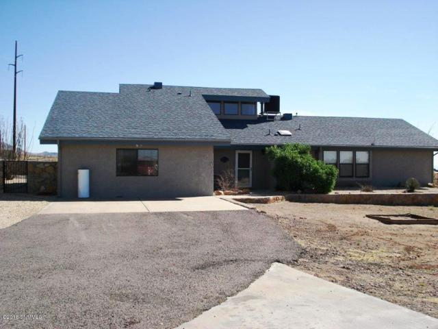 11855 Starfly Road, Las Cruces, NM 88011 (MLS #1806013) :: Steinborn & Associates Real Estate