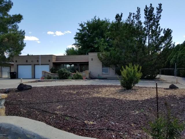 5819 Dona Villa Drive Drive, Las Cruces, NM 88007 (MLS #1806086) :: Steinborn & Associates Real Estate