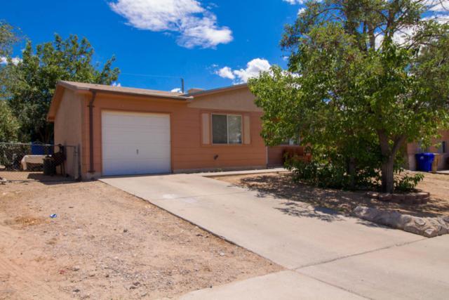 1746 Stanton Avenue, Las Cruces, NM 88001 (MLS #1806614) :: Steinborn & Associates Real Estate