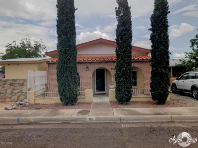 811 Mcfie Avenue, Las Cruces, NM 88005 (MLS #1806681) :: Steinborn & Associates Real Estate