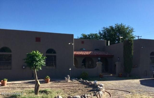 8850 Calle De Brazito, Mesilla Park, NM 88047 (MLS #1806790) :: Steinborn & Associates Real Estate