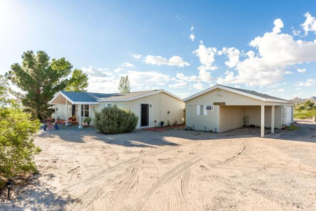 1701 Rincon De Amigos Road, Las Cruces, NM 88012 (MLS #1807571) :: Austin Tharp Team