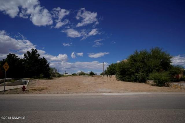 305 Wall Avenue, Las Cruces, NM 88001 (MLS #1807624) :: Steinborn & Associates Real Estate