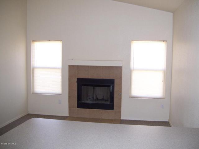 102 Tierra Vista, Santa Teresa, NM 88008 (MLS #1807808) :: Steinborn & Associates Real Estate