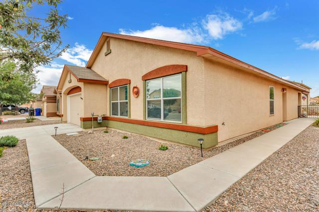 5817 Desert Mesa Place, Las Cruces, NM 88012 (MLS #1807810) :: Austin Tharp Team