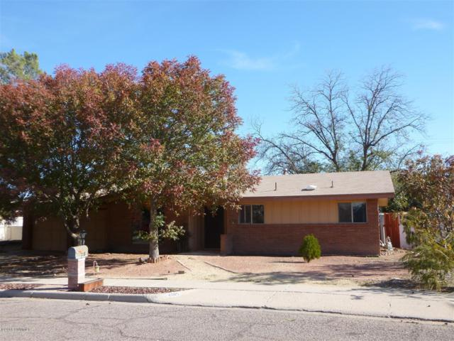 2015 Crescent Drive, Las Cruces, NM 88005 (MLS #1808041) :: Steinborn & Associates Real Estate