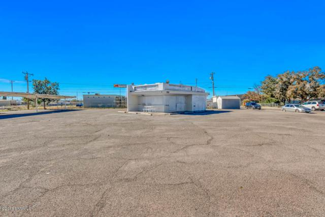 700 S Solano Drive, Las Cruces, NM 88001 (MLS #1808052) :: Steinborn & Associates Real Estate