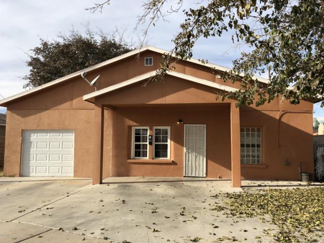 909 E Montana Avenue, Las Cruces, NM 88001 (MLS #1808102) :: Steinborn & Associates Real Estate