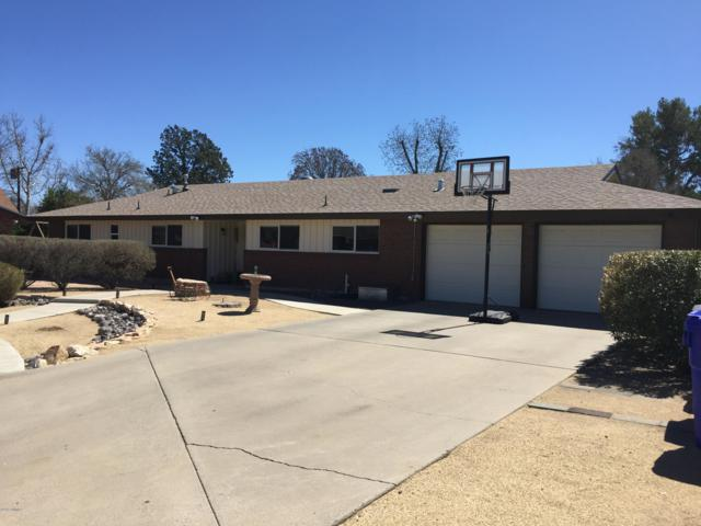 2046 Crescent Drive, Las Cruces, NM 88005 (MLS #1900760) :: Steinborn & Associates Real Estate