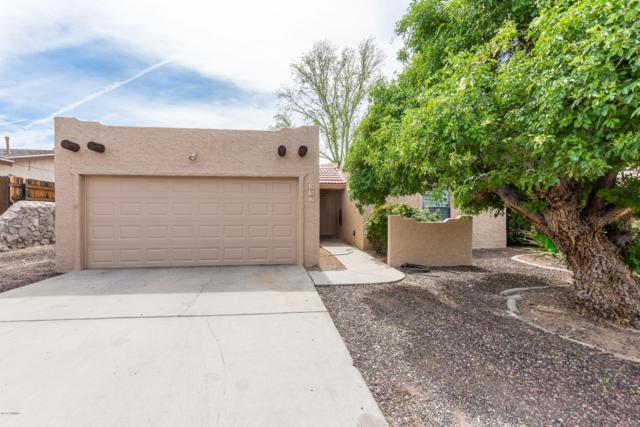 952 Pinedale Avenue, Las Cruces, NM 88005 (MLS #1900899) :: Steinborn & Associates Real Estate