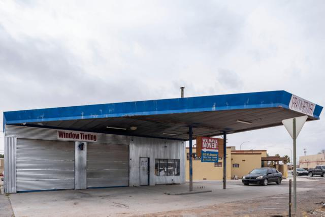 1401 W Picacho Avenue, Las Cruces, NM 88005 (MLS #1901495) :: Steinborn & Associates Real Estate