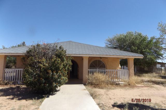 928 Mike Court, Chaparral, NM 88081 (MLS #1901538) :: Steinborn & Associates Real Estate