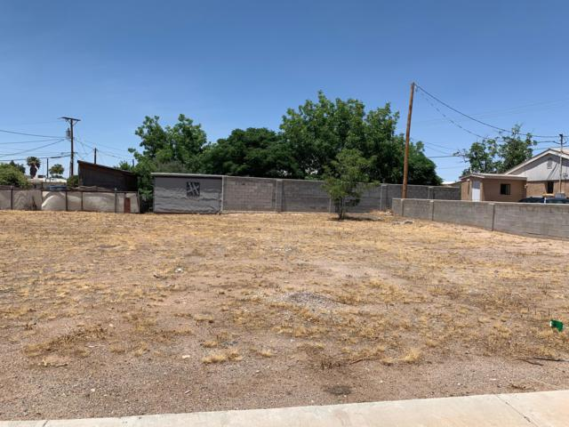 951 Augustine Avenue, Las Cruces, NM 88001 (MLS #1901708) :: Steinborn & Associates Real Estate