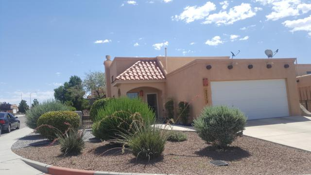 2273 Stone Pine Drive, Las Cruces, NM 88012 (MLS #1901988) :: Steinborn & Associates Real Estate