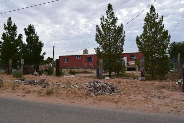 225 Divine Way, Chaparral, NM 88081 (MLS #1902088) :: Steinborn & Associates Real Estate