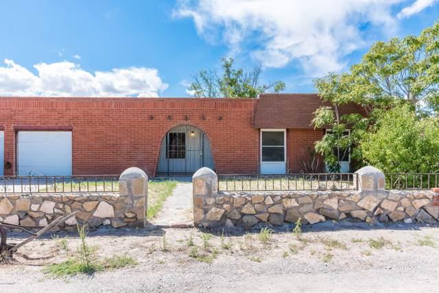 3909 N Lilac Drive, Las Cruces, NM 88005 (MLS #1902754) :: Steinborn & Associates Real Estate