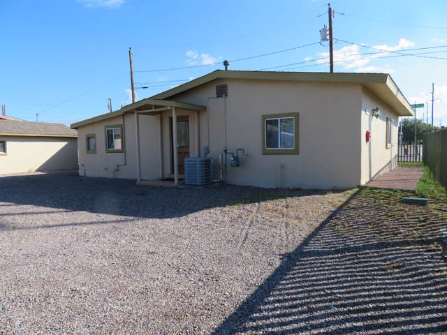 1321 E May Avenue, Las Cruces, NM 88001 (MLS #1902938) :: Steinborn & Associates Real Estate