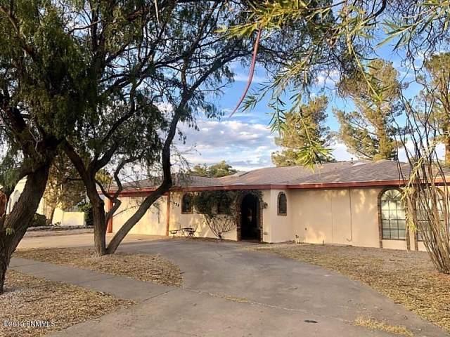 1639 Regal Ridge Street, Las Cruces, NM 88011 (MLS #1903406) :: Arising Group Real Estate Associates