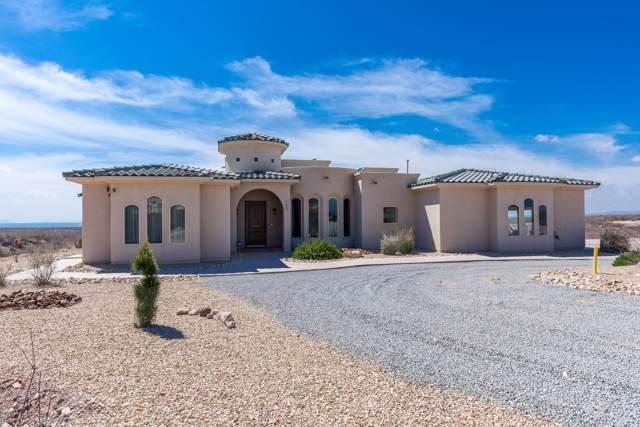 7550 Pyramid Peak Lane, Las Cruces, NM 88011 (MLS #2000196) :: Better Homes and Gardens Real Estate - Steinborn & Associates