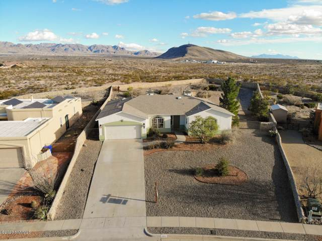3950 Canyon Ridge, Las Cruces, NM 88011 (MLS #2000234) :: Steinborn & Associates Real Estate