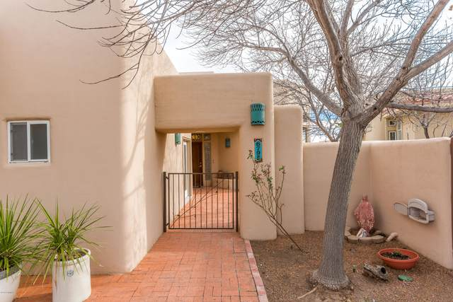 6795 Via Campestre, Las Cruces, NM 88007 (MLS #2000556) :: Steinborn & Associates Real Estate