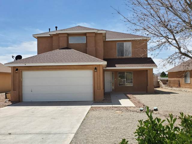 4933 Calle Bella Court, Las Cruces, NM 88012 (MLS #2001206) :: Better Homes and Gardens Real Estate - Steinborn & Associates