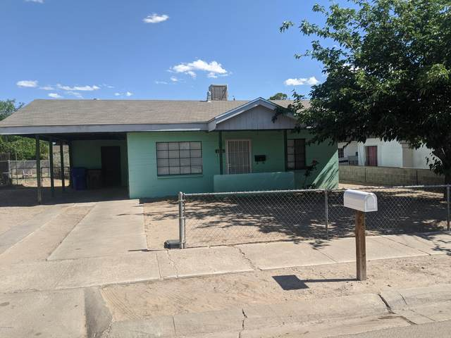 1106 Jett Avenue, Las Cruces, NM 88001 (MLS #2001215) :: Better Homes and Gardens Real Estate - Steinborn & Associates