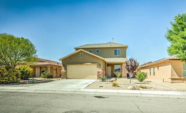 2882 San Miguel Court, Las Cruces, NM 88007 (MLS #2001287) :: Better Homes and Gardens Real Estate - Steinborn & Associates