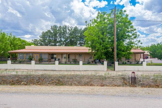 3820 Valdes Road, Las Cruces, NM 88005 (MLS #2001330) :: Better Homes and Gardens Real Estate - Steinborn & Associates