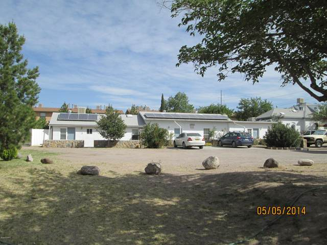 2510 S Espina Street, Las Cruces, NM 88001 (MLS #2001397) :: Better Homes and Gardens Real Estate - Steinborn & Associates