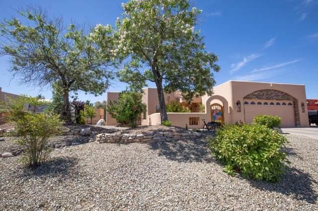 4291 Calle De Estrellas, Las Cruces, NM 88012 (MLS #2001444) :: Better Homes and Gardens Real Estate - Steinborn & Associates