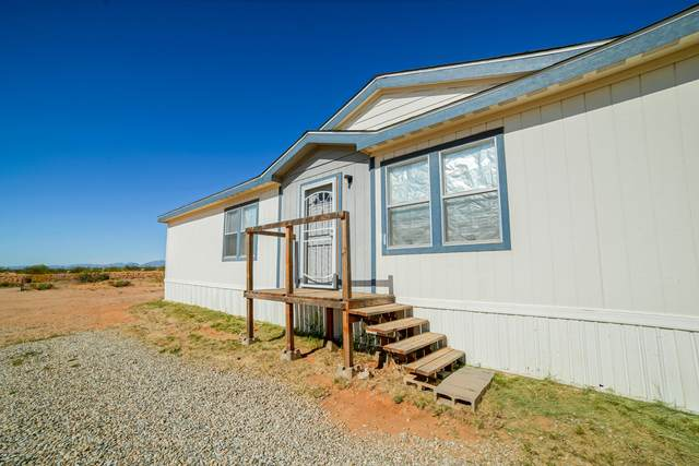 9620 Dragonfly Avenue, Las Cruces, NM 88012 (MLS #2001480) :: Better Homes and Gardens Real Estate - Steinborn & Associates