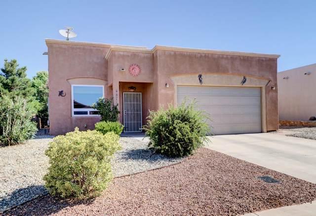 4871 Camino Dos Vidas, Las Cruces, NM 88012 (MLS #2001481) :: Better Homes and Gardens Real Estate - Steinborn & Associates