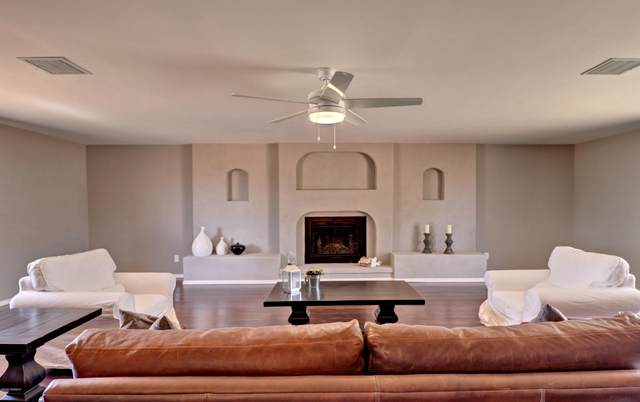 5710 Galaxy Drive, Las Cruces, NM 88012 (MLS #2001613) :: Better Homes and Gardens Real Estate - Steinborn & Associates