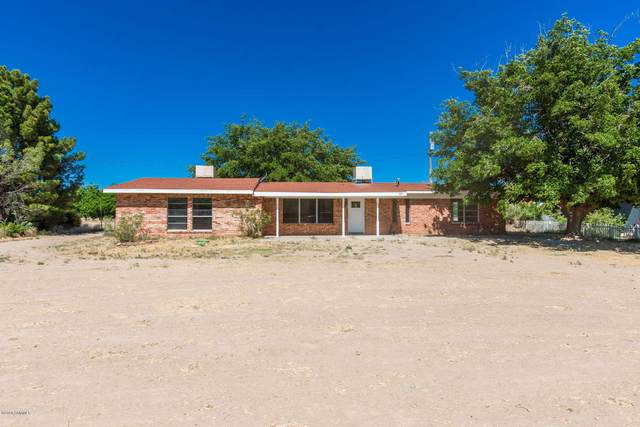 383 Fossil View Road, Las Cruces, NM 88007 (MLS #2001765) :: Better Homes and Gardens Real Estate - Steinborn & Associates