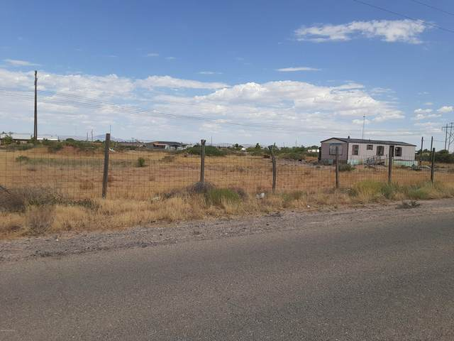 301 Diamondback Drive, Chaparral, NM 88081 (MLS #2002265) :: Las Cruces Real Estate Professionals