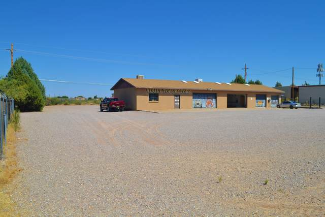 6185 Bataan Memorial, Las Cruces, NM 88012 (MLS #2002476) :: Better Homes and Gardens Real Estate - Steinborn & Associates