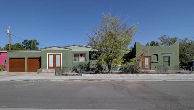 600 El Prado Avenue, Las Cruces, NM 88005 (MLS #2002744) :: Better Homes and Gardens Real Estate - Steinborn & Associates