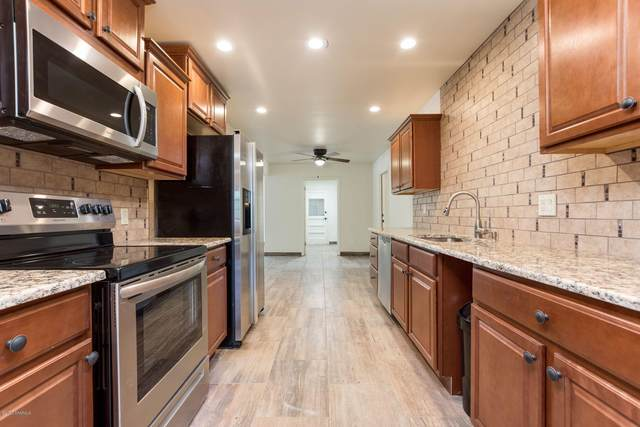 2010 Turrentine Drive, Las Cruces, NM 88001 (MLS #2002887) :: Better Homes and Gardens Real Estate - Steinborn & Associates