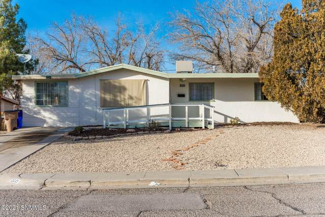 2221 Magnolia, Las Cruces, NM 88001 (MLS #2100116) :: Better Homes and Gardens Real Estate - Steinborn & Associates