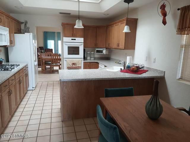 2428 El Dorado Court, Las Cruces, NM 88011 (MLS #2100155) :: Arising Group Real Estate Associates