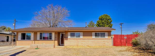 2005 Martha Drive, Las Cruces, NM 88001 (MLS #2100633) :: Better Homes and Gardens Real Estate - Steinborn & Associates