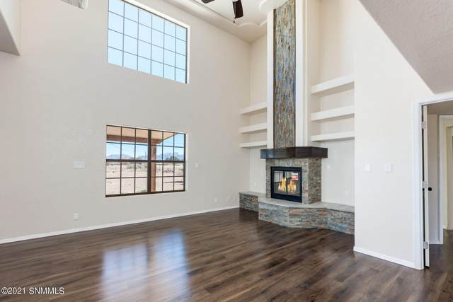 2990 Wildwind Road, Las Cruces, NM 88007 (MLS #2100849) :: Better Homes and Gardens Real Estate - Steinborn & Associates