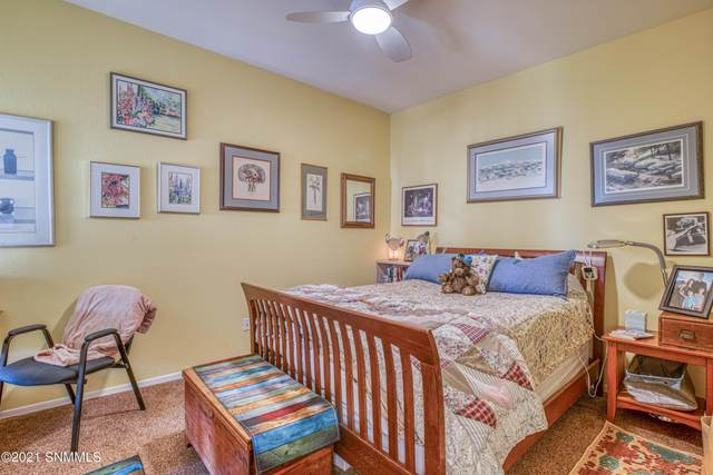 2089 Pine Needle Way Way, Las Cruces, NM 88012 (MLS #2101188) :: Better Homes and Gardens Real Estate - Steinborn & Associates