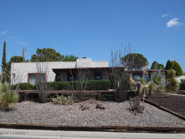 1845 Las Tunas, Las Cruces, NM 88011 (MLS #2101228) :: Agave Real Estate Group