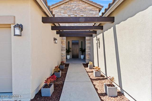 7517 Sussex Court, Las Cruces, NM 88007 (MLS #2101467) :: Better Homes and Gardens Real Estate - Steinborn & Associates