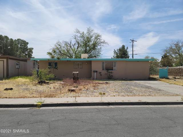 2104 Bellamah Drive, Las Cruces, NM 88001 (MLS #2101477) :: Better Homes and Gardens Real Estate - Steinborn & Associates