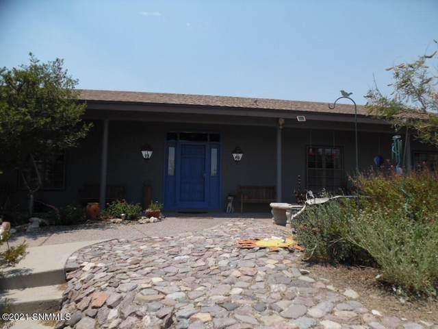 3225 Sundown Road, Las Cruces, NM 88011 (MLS #2101816) :: Better Homes and Gardens Real Estate - Steinborn & Associates