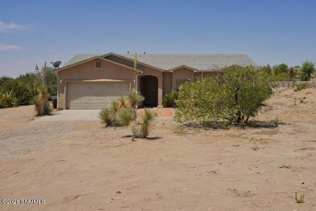5707 Cedarwood Court, Las Cruces, NM 88005 (MLS #2101833) :: Better Homes and Gardens Real Estate - Steinborn & Associates