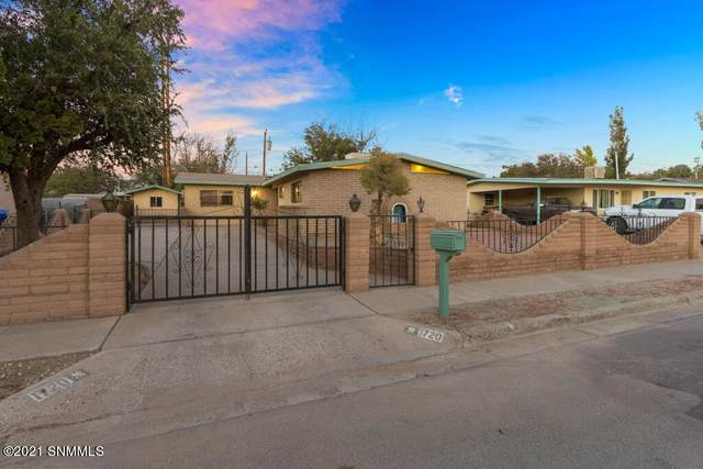 1720 Wade Street, Las Cruces, NM 88001 (MLS #2101852) :: Better Homes and Gardens Real Estate - Steinborn & Associates